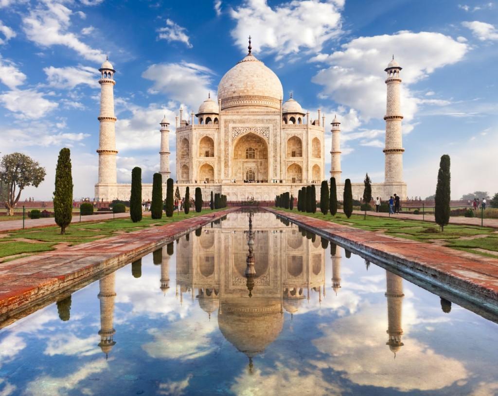 taj mahal - a mausoleum of love - woohoo gifting blog